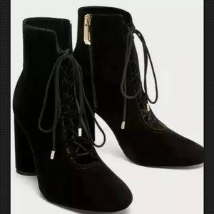 Zara black velvet heel ankle boots lace up sz 6.5